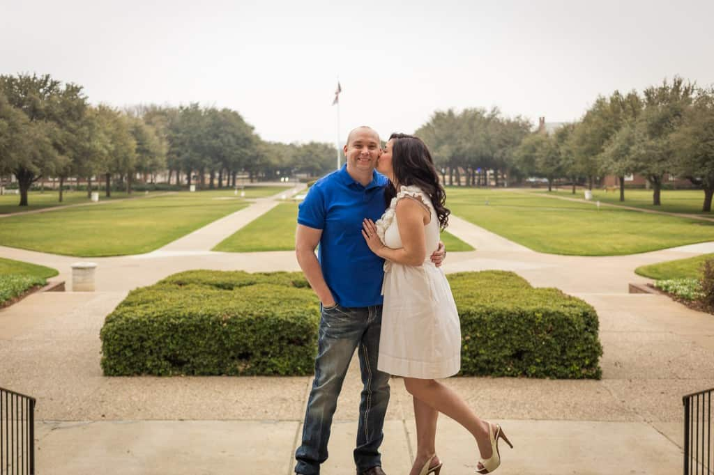 Dallas Engagement Pictures at Southern Methodist University. #wedding #dallas #smu #engagementpictures