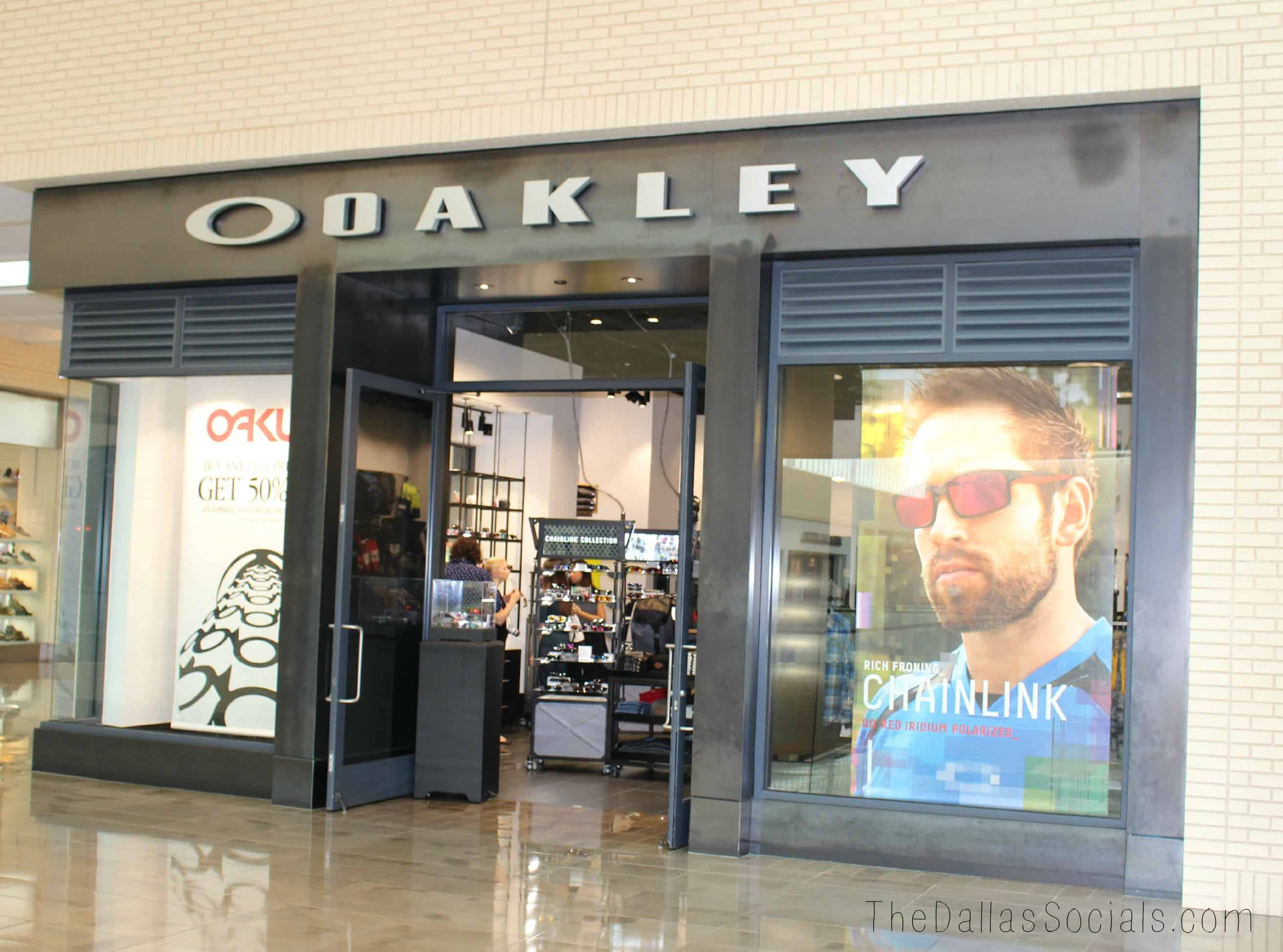oakley outlet dallas  a look inside oakley northpark center